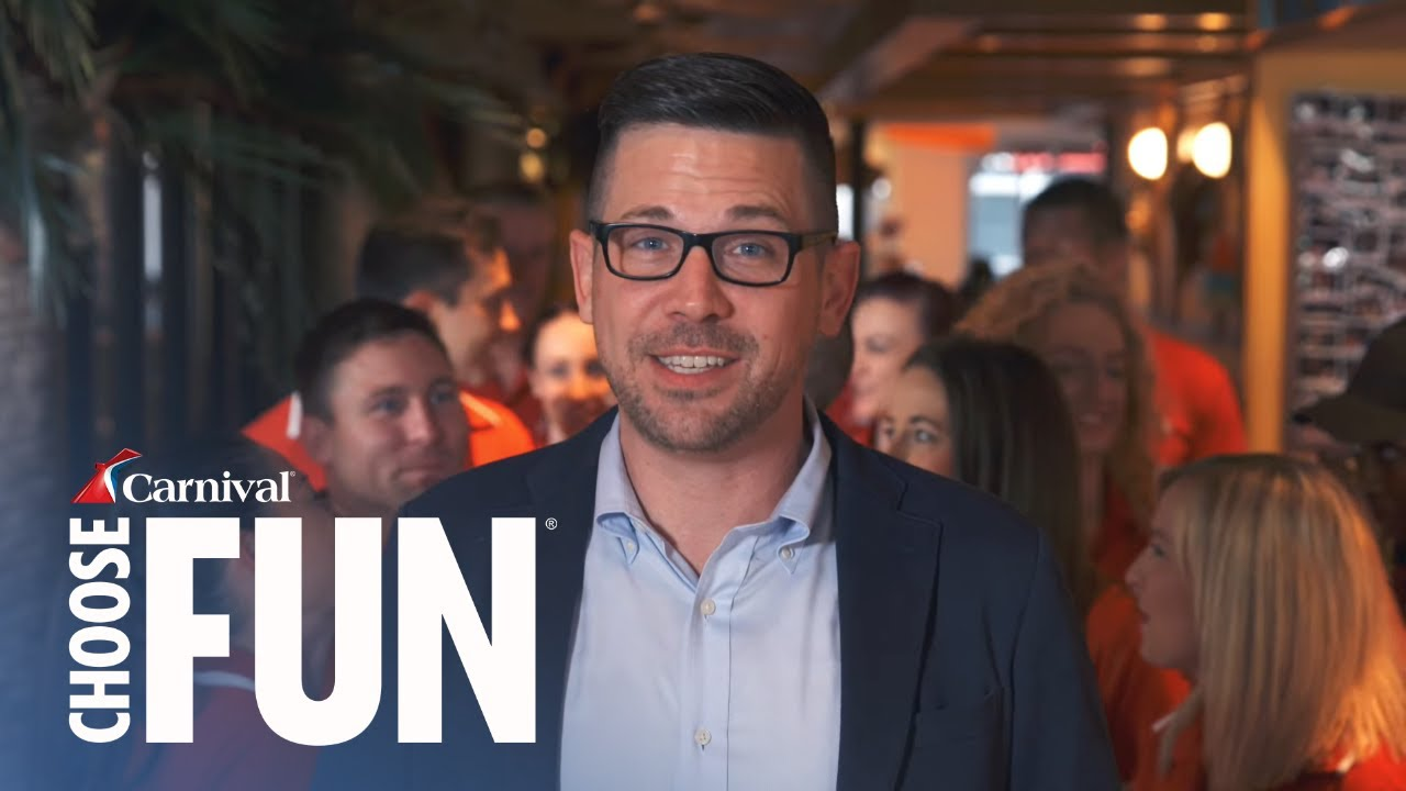 Meet Carnival Horizon's Cruise Director | Carnival Entertainment | Carnival  Cruise Line