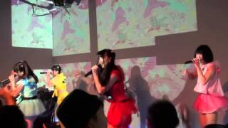 2013/10/19発売の記念すべき1stシングル「妄想が止まらない」カップリン...
