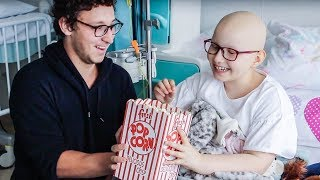 Magic For Kids At Children's Hospital ( Julius Dein Vlogs )