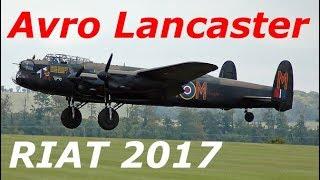 「グオーン!」、アヴロランカスター RIAT 2017 イギリス航空ショー