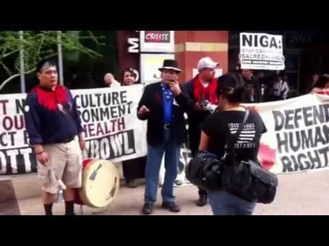Dennis Banks speaks at Hickory Ground Sacred Lands Rally