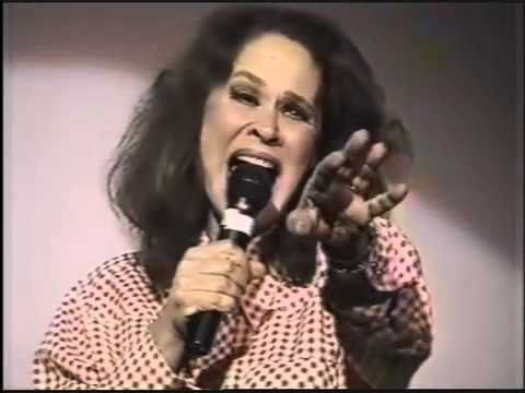 KAREN BLACK wows SOLD OUT CASTRO THEATRE singing LAZY AFTERNOON