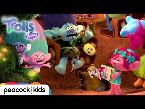 Trolls Holiday: First 4 Minutes | TROLLS