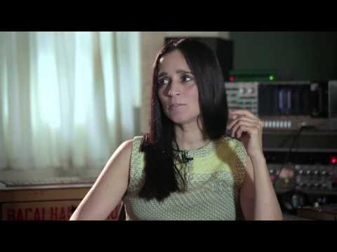 Julieta Venegas - Buenas Noches, Desolación