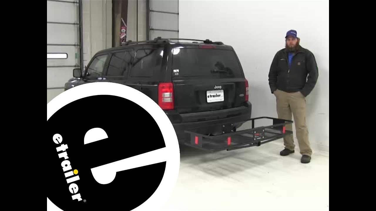 review of the curt hitch cargo carrier on a 2015 jeep patriot