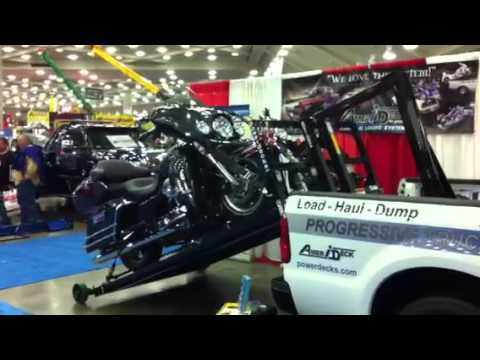 How To Load Two Motorcycles In Your Pick Up Truck Youtube