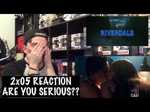 RIVERDALE - 2x05 'WHEN A STRANGER CALLS' REACTION