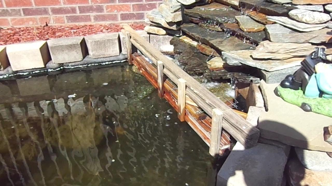 Diy koi pond filter with quilt batting youtube for Koi pond filter diy