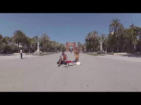 Barcelona's Arc de Triomf in 360° | Immersive Interactive