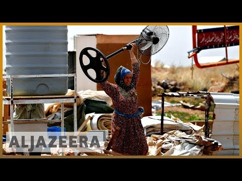 Lebanon asks Syrian refugees to demolish their houses