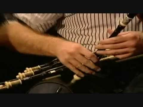 Sibina McCague and Padraig McGovern Moran's Hornpipe*Byrnes Hornpipe), Paidin O Raifeartaigh
