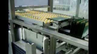 видео: Автоматическая разгрузка печатных плат с конвейера фирмы Schmid