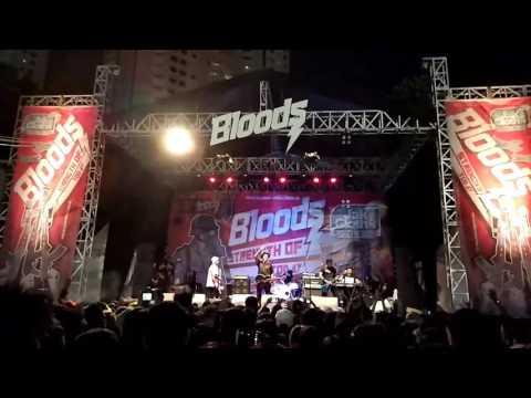 Last Child - Sadarkan Aku (Live On Jakcloth Year End Sale 2016)