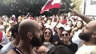 مظاهرات لبنان _ فاكر لما تقولي هسيبك يعني انا هجري وراك خوود 😂😍🖕🏻
