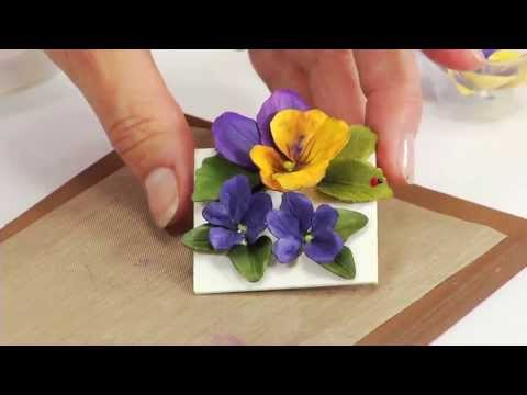 How to Use Sizzix Thinlits Pansy/Violet Flower Die 658419