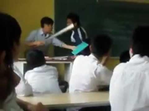 Clip Học Sinh TTGD Thường  xuyên huyện Gia Lộc Vỗ lễ với giáo viên
