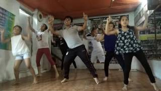 Tu kheech meri photo dance practice video by Ashish Gurung