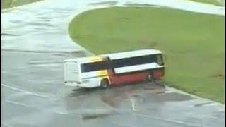 Auto Esporte - Perigos em pista molhada