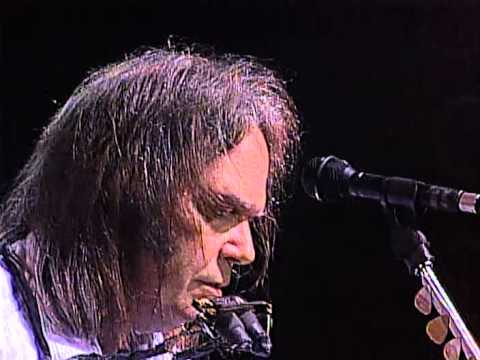 Neil Young - Needle and the Damage Done (Live at Farm Aid 1995)