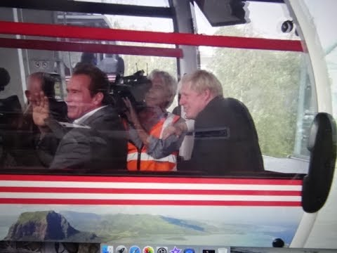 Arnold Schwarzenegger/Boris Johnson - London Cable Car, Olympics 2012