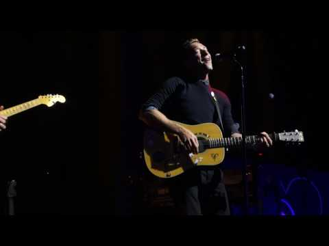 Chris Martin & Jonny Buckland - Hymn for the Weekend @ RHBenefit 2017