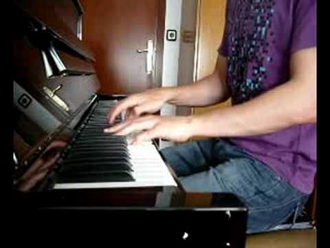 Amaral - Biarritz (al piano)