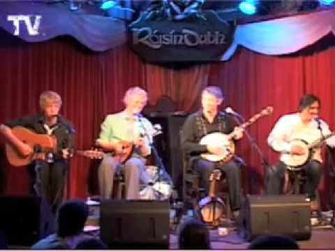 We Banjo 3 - Enda Scahill, Leon Hunt, Martin Howley, David Howley
