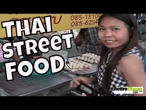 Eating Thai Street Food -- Selection, Price and Safety