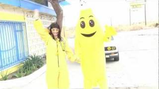 Zoe Hewitt at the Guinness Book of World Records' International Banana Museum