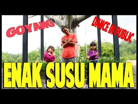 Goyang Enak Susu Mama in Public - Nadia Zerlinda - Choreography by Diego Takupaz