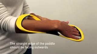 как надевать восьмерки Finis лопатки для плавания  How to put on the Forearm Fulcurm