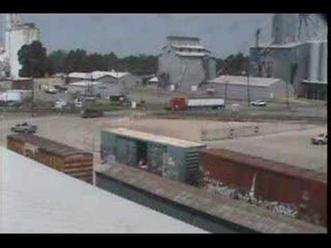 Train vs. truck(unloading a trailer of grain in under 2sec)