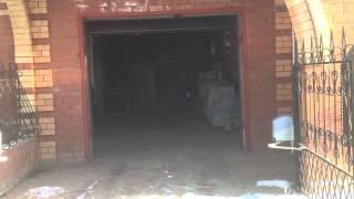 Секционные ворота в паре с распашными калитками компания РОКСЕН Запорожье(, 2013-12-18T13:01:40.000Z)