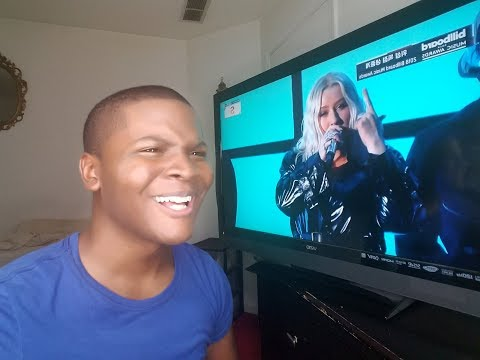 "Christina Aguilera Ft. Demi Lovato - ""Fall In Line"" Billboard Music Awards (REACTION)"