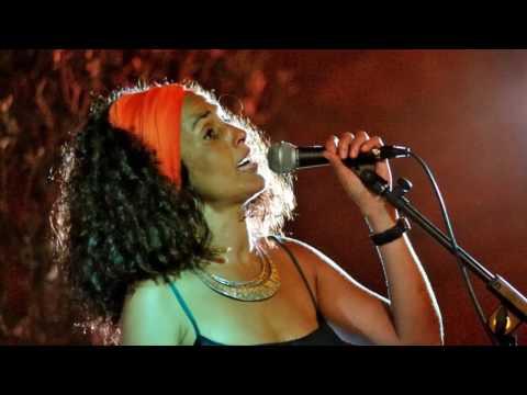 María Elena & LA GLORIA ERES TÚ / Concierto a la fresca en el Jardín del Palau de la música BCN