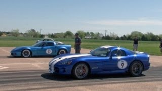 Corvette vs Viper Race