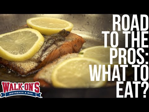 What Does An NFL Player Eat?