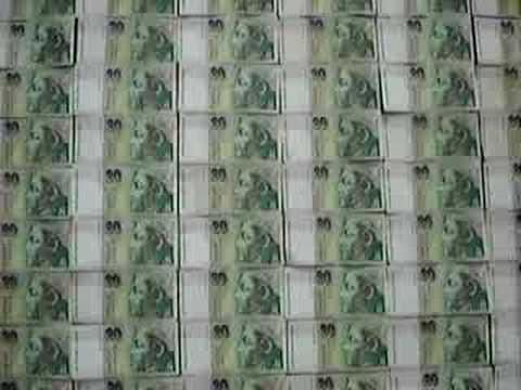 444 pieces of 20 slovak koruna bills
