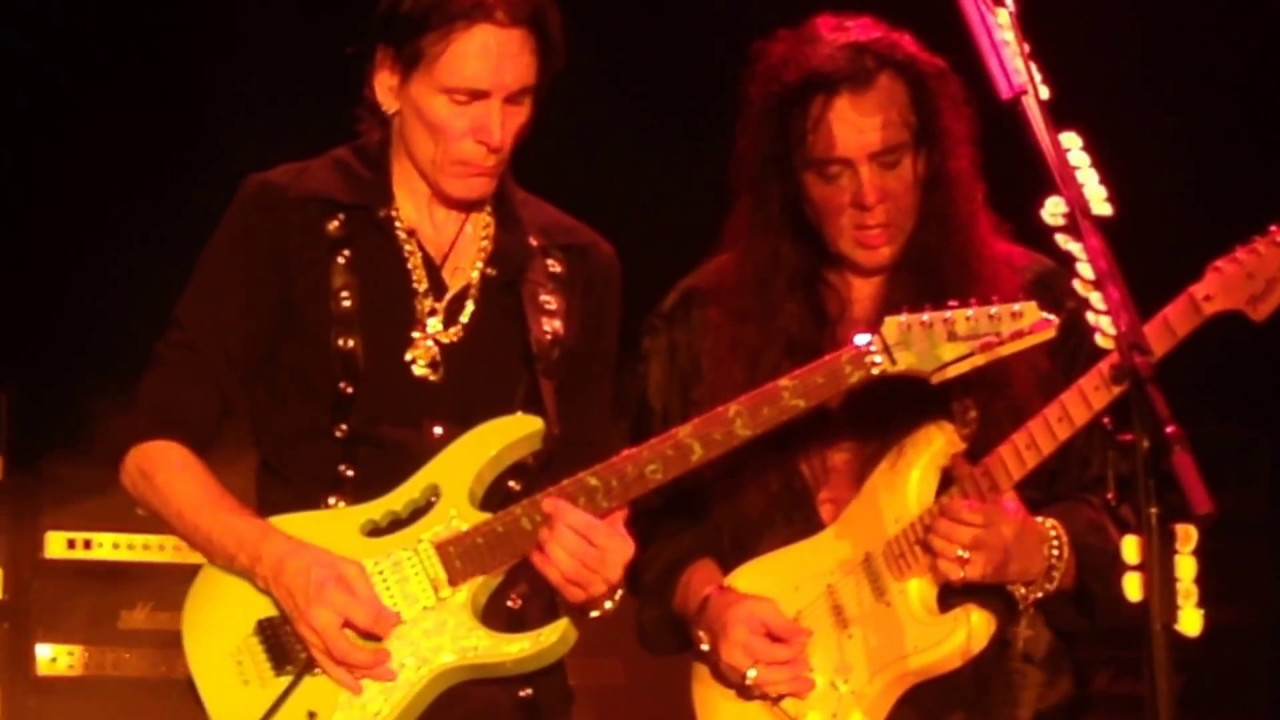 Steve Vai and Yngwie Malmsteen playing Black Star ...