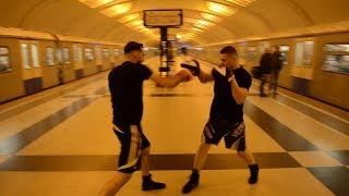 Смотреть видео Спорт в метро Соколов и Чеботарь Москва онлайн