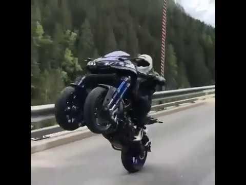 Yamaha Niken 2018 Power Wheelie Youtube