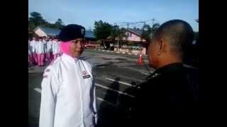 Latihan Pasukan Kawad Kaki Puteri Islam