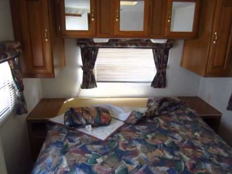 Used 1999 Jayco Eagle 302FK Travel Trailer