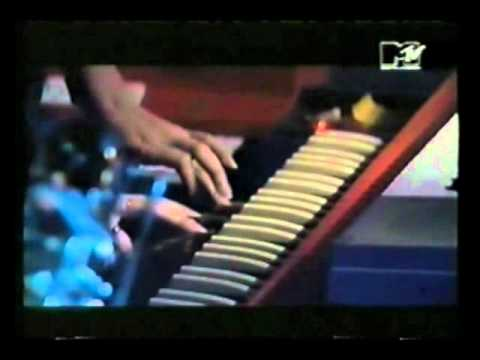 Spiritualized®   on MTV 120 Minutes  16th Aug 1992 4 tracks
