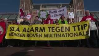 10 oktober, Amsterdam: Meer dan 7000 mensen slaan alarm tegen TTIP!