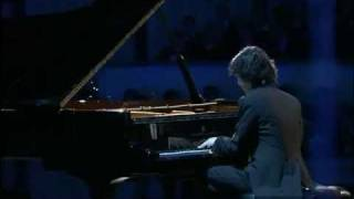 Yundi Li - Frederic Chopin Nocturne Des-Dur Op. 27 Nr. 2 2010 Deux Nocturnes cis-Moll, Des-Dur (1833/6) live from the Opera in Warsaw.