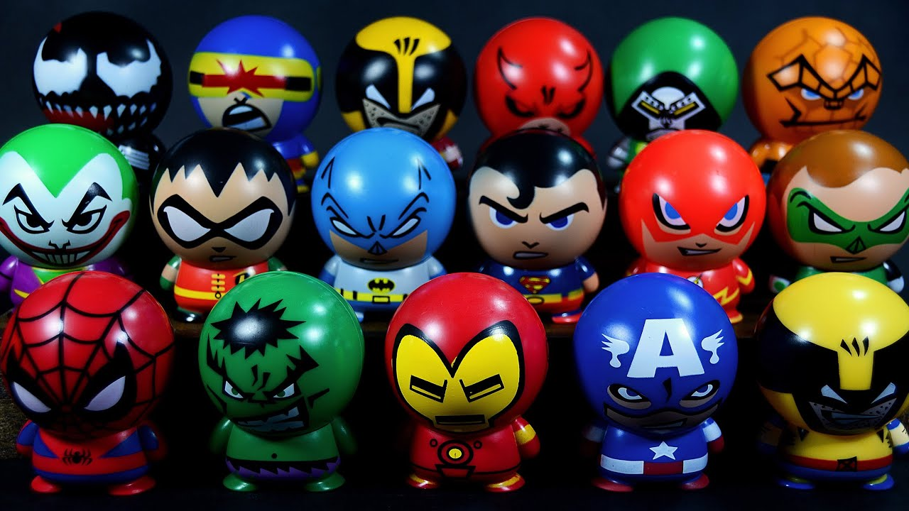 surprise eggs marvel vs dc buildable figurines avengers vs justice league tomy capsules youtube