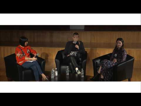 Fashion Culture   Fashion in the Social Media Era
