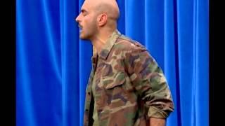 İnsanlar Alemi - Nöbet Tutan Asker