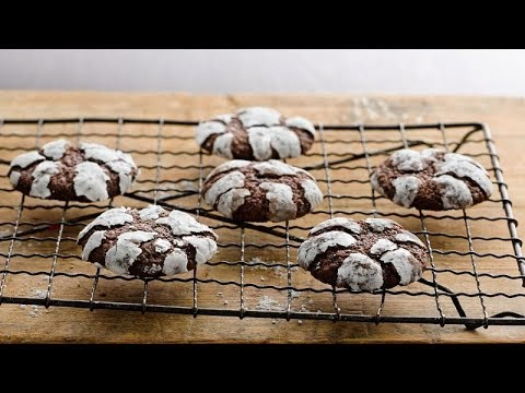 Chocolate Crinkles | Betty Crocker Recipe